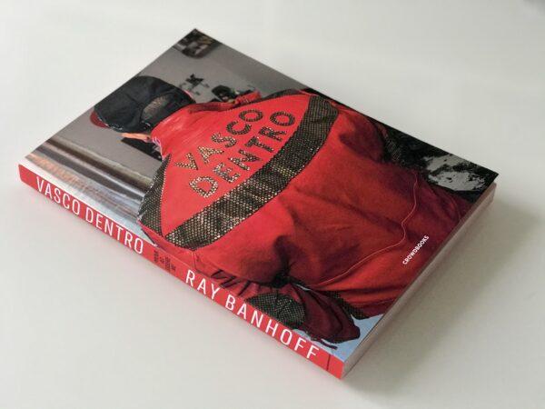 Vasco Dentro un libro di Ray Banhoff - Crowdbooks